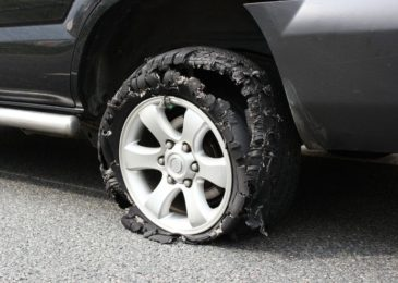 Verkehrsunfall mit Todesfolge wegen geplatztem Autoreifen – fahrlässige Tötung?