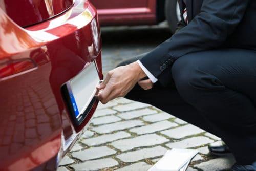 Verstoß gegen Pflichtversicherungsgesetz - Entstempelung des Kennzeichens und Ruheversicherung