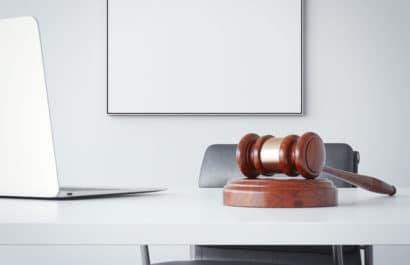 Kostentragung bei gleichzeitiger Verurteilung wegen Vorsatz- und Fahrlässigkeitstat