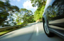 Jugendstrafrecht: Anwendbarkeit bei Gewaltakt unter Einsatz eines Kraftfahrzeugs