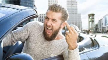 Verurteilung eines Kraftfahrers wegen Nötigung und Beleidigung eines Fahrradfahrers