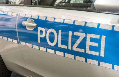 Verkehrsunfall: Verurteilung wegen Betruges und Urkundenfälschung bei Falschangaben gegenüber dem Kfz-Haftpflichtversicherung über Unfallschäden