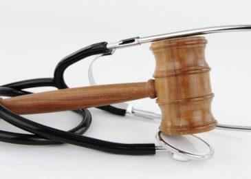 Vergütungsanspruch Arzt für Verhandlungsfähigkeit eines Angeklagten