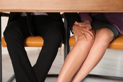Ambivalente körperliche Berührungen eine sexuelle Belästigung?