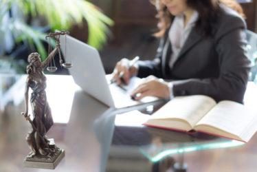 Pflichtverteidigervergütung nach einer Kanzleisitzverlegung