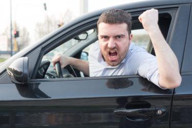 Nötigung und Beleidigung eines Fahrradfahrers durch Kraftfahrer - Fahrverbot