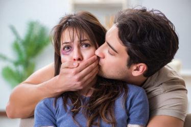 Erzwingen eines Zungenkusses - sexuelle Nötigung