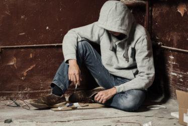 Zurückstellung Strafvollstreckung bei betäubungsmittelabhängigen Straftätern