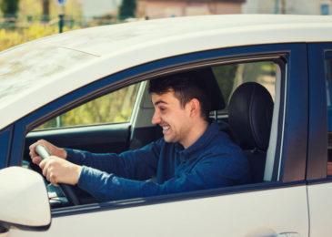 Verkehrsunfallflucht - Entziehung der Fahrerlaubnis ab Nettoschaden von 1300 Euro