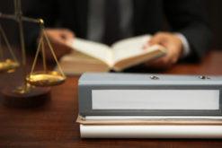 Akteneinsichtsantrag des Verletzten im Strafverfahren - Entscheidungsspielraum des Gerichts