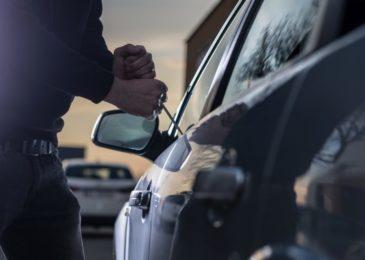 Versuchter Versicherungsbetrugs - Vortäuschen eines Einbruchsdiebstahls in Kraftfahrzeug