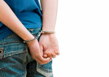 Pflichtverteidigerbestellung für Jugendlichen - Unfähigkeit der Selbstverteidigung