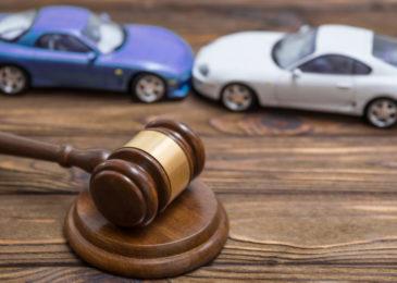 Verkehrsunfall mit unversichertem Fahrzeug - Verwarnung mit Strafvorbehalt