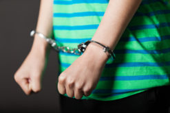 Jugendstrafverfahren wegen schweren Raubes und gefährlicher Körperverletzung