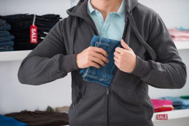 Verhängung Jugendstrafe wegen fortgesetzter Begehung von Ladendiebstählen