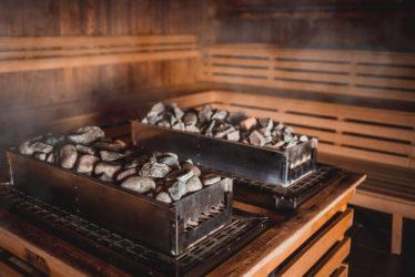 Fahrlässige Brandstiftung und fahrlässige Körperverletzung durch Saunaaufguss