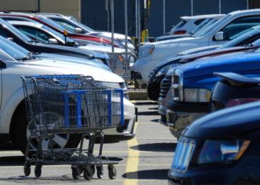 Unfall im Straßenverkehr im Sinne des § 142 StGB bei Einkaufswagen-Fällen?