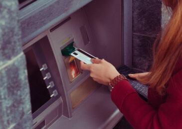 Betrug bei abredewidriger Abhebung von Geldbeträgen nach Überlassung der EC-Karte?
